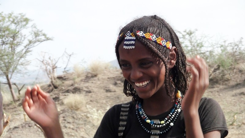 [fatuma-and-asya-two-afar-girls-in-ethiopia--Film-list-image]